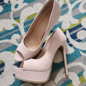 Blush Nude/pink heels